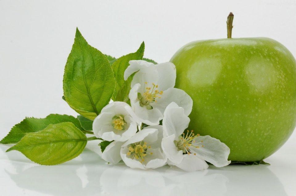 jabłkowy mezzolifting