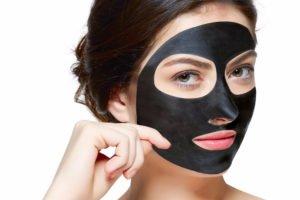 Zabieg oczyszczająco-detoksykujący z maską węglową – KLAPP Black Coal