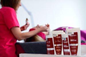 Zabieg rozjaśniająco-przeciwzmarszczkowy Smocza Krew